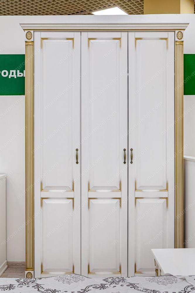 Шкаф 3-х створчатый из серии
