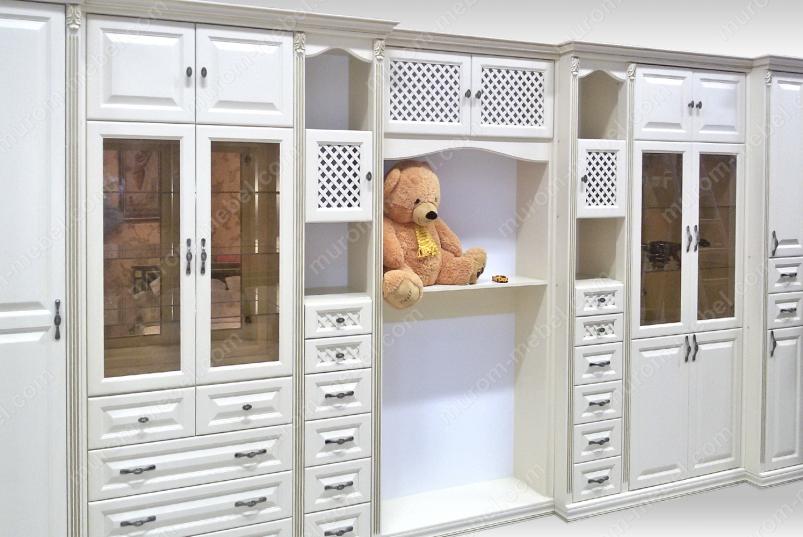 Стенка из серии шкафов